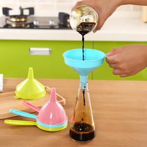 Food Grade Trichter Tragbare Kunststoff Multifunktions Lange Griff Flüssige Trichter Home Küche Werkzeug Reine Farbe 0 9xy bb9