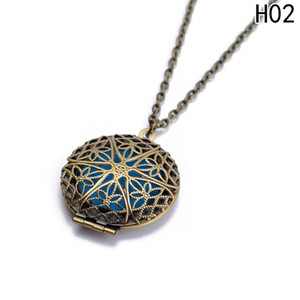 1Pc Antique Bronze Color Aromatherapy Aroma Essential Oil Perfume Hollow Diffuser Pendant Necklaces For Gift