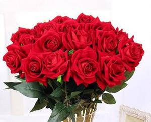 Eco-Friendly 5pcs Rosa Romantic Flower realistica artificiale Velvet Red Rose con il foglio verde fai da te Mazzi per la casa festa di nozze per le vacanze