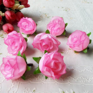 50PCS 3CM di seta fiori artificiali Responsabile per la decorazione di nozze fai da te Corona Gift Box mestiere falso artificiale Rose Bud Capo