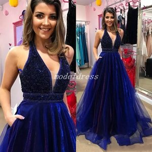 Royal Blue Velvet Prom Dresses 2018 Scollo a V Perle di cristallo Sweep Train Abiti da sera lunghi per party speciali Abiti per occasioni speciali abiti da ballo