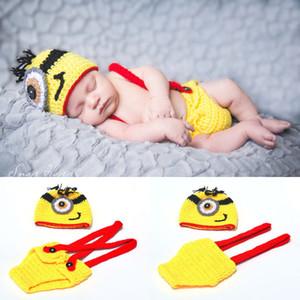 Neue Ankunft Häkeln Minions Kleidung Set Neugeborenen Baby Cartoon Foto Fotografie Requisiten Gestrickte Baby Hut Winter