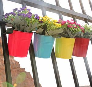 Pots de fleur de seau de fer Pots de fleurs suspendus Pots de jardin de balcon Planteurs muraux Supports de fleurs de seau en métal