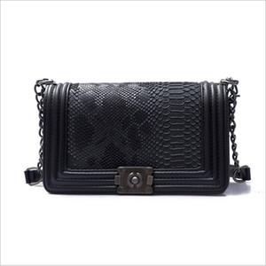 Новая мода роскошные Crossbody сумки серпантин геометрические женщины сумка цепи дизайнер сумки искусственная кожа сумки на ремне