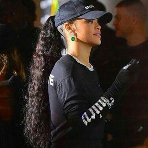Rihanna Hairstyle Бразильские волосы с хвостиками 100% наращивание человеческих волос в завитках Мокрый и волнистый хвостик