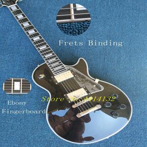Chitarra elettrica custom di fabbrica con corpo nero e legatura bianca e tastiera in ebano e personalizzabile su richiesta