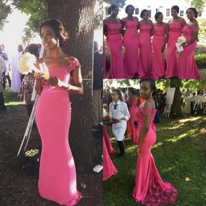 2020 fucsia Plus Size abiti da sposa fuori dalla spalla Appliques della sirena del merletto cameriera d'onore Invitato a un matrimonio abito da indossare abiti partito formale
