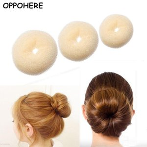 Novità Updo Styling Donut Bun Ring Shaper Donne Kids Girls Hair Styling Tool 2018 Vendita calda