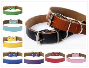 Heißer Verkauf Hundezubehör echte Rindsleder Leder Hundehalsbänder Leinen mehrere Farben 4 Größen Wholesale Freies Verschiffen