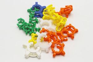 10mm 14mm 19mm coloré plastique clip adaptateur Keck pour les conduites d'eau de laboratoire en verre de laboratoire du fabricant pince clip de connexion