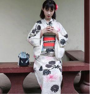 Japon standart kimono bornoz takım elbise geleneksel yaz kurban elbise bayan keten resmi modifiye sürümü kimono bej mavi