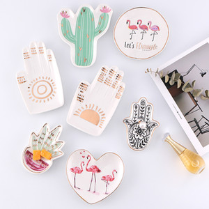 Pequeño Hamsa Sun Hand Flamingo Cactus Pineapple Plato de cerámica Plato Joyería decorativa Trinket Plato Collar Bandeja de almacenamiento de tocador