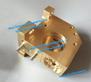 (1pc) X181A788G71 edm Baja base del rodillo guía para M421, Guía de alojamiento del rodillo soporte inferior DCA96A X181A788G72 para DWC-FA, RA, máquinas de electroerosión FX-K