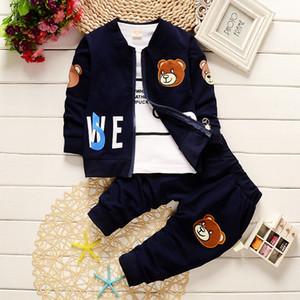 2018 bebés varones ropa primavera otoño conjuntos 3 UNIDS niño pequeño de algodón de manga completa abrigo + chaqueta de dibujos animados + pantalones deportivos