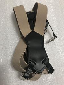 NUOVA giarrettiera colore nero bianco kaki 3 colori con motivo classico logo Tracolla elastica tipo cinturino donna buona qualità (Anita)