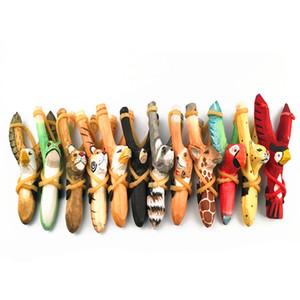 Nouveau Multi-couleur Animal Forme Poignée En Bois Catapulte En Bois Puissant Slingshot Sports de Plein Air Sculpté À La Main Peint Slingshot Chasse Sling Shot