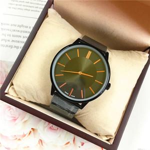 Casual mujer / hombre reloj de los amantes de malla fina Blet reloj de cuarzo vestido sencillo diseño nuevo del reloj regalos shippinig libre Accesorios luminosos Estudiante