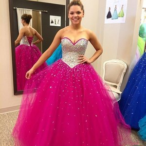 Shinning Fuchsia Quinceanera Dresses Dresses Crystals Beaded Sweetheart Party Gowns Vestidos de quinceanera Sweetheart Sera Abiti da ballo