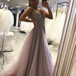 Une ligne ouverte dans le dos en tulle robe de bal robe de bal col en V sexy longues robes formelles longues top en tulle perlage robe de soirée grise sexy