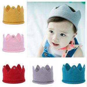 2018 Art und Weise bunte Baby-Newborn Foto Props Kinder Caps Baby-Crown Strickstirnband Hat Fotografie Accessoires Geburtstag Cap TO981