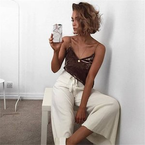 New Sexy Summer Style Sleeveless Velvet Camis Women Sexy V Neck Spaghetti Strap Sexy Club Tank Top Casual Loose Camisole Tank Tops