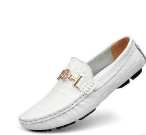 Herbst Hohe Qualität Herren ALLE Weiß Geprägte Leder Slipper Herren Italien Design Gold Schnalle SLIP ON Brogues KLEID Männer Dressing Schuhe