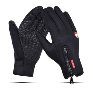 Male and female Fleece outdoor Riding waterproof Touch screen gloves Windproof winter gloves motion ski Mountaineering gloves wholesale