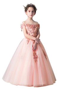 Lace Маленькие дети Младенческая платья девушки цветка Princess Бато шеи тюль 3D Цветочные девочек Pageant Короткие Формальное Wears для свадебных MC1736