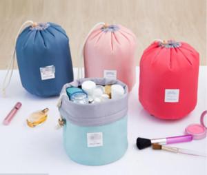 Coreano elegante di grande capacità rotonda cilindro cilindrico a forma di Nylon Wash Organizer Storage Travel Dresser Pouch Sacchetto di trucco cosmetico per le donne