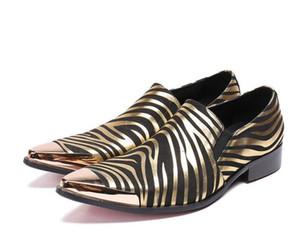 Новое прибытие chaussures hommes полосатый золото платье обувь мужчины натуральная кожа сталь острым носом квартиры роскошные итальянские мокасины