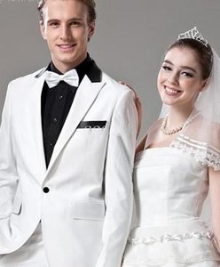 New Fashion Slim Fit White Groom Tuxedos Peaked Lapel One Button Groomsmen Men Business Formal Suit Party Prom Suit(Jacket+Pants+Bows Tie)