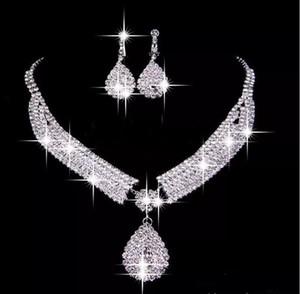 На Складе 2019 Свадебные Аксессуары Ожерелье Две Штуки Ювелирные Наборы Зажим Для Ушей Серьги Дешевые Свадебные Партии Женщин Ювелирные Изделия