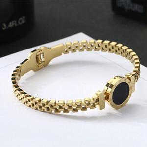 Carta romana das mulheres pulseira de moda 18KWomen's Rose Gold Roman Carta Openwork Pulseira de titânio de aço oco pulseiras pulseira das mulheres