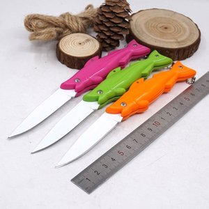 Modelado de pescado caliente Cuchillo de bolsillo plegable que acampa de supervivencia Cuchillos tácticos Cocina al aire libre Cuchillo de fruta EDC Multitool
