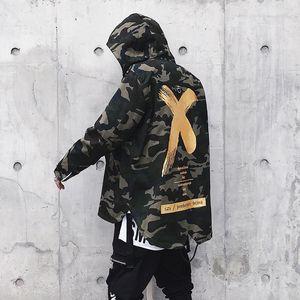 Abril 2019 Men Camouflage Jacket X Brasão Jackets Hip Hop Men Moda Jacket Camo domingo Jackets US tamanho S-XL