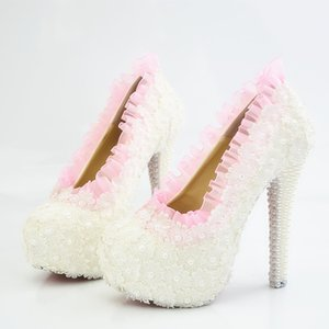 2018 El Yapımı Beyaz inciler Yüksek Topuklu pembe Dantel kenar ter beyaz Çiçekler Düğün Ayakkabı Gelin Yüksek Topuklu Parti Balo düğün ayakkabı