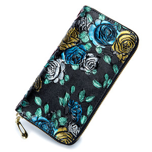 2018 new lady's purse long-length rose leather multi-card embossed flower wallet