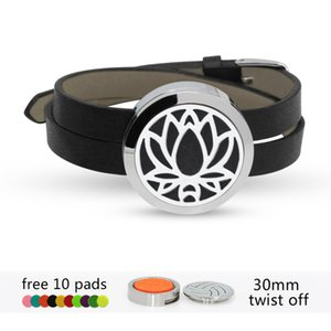 Heart Flower Lotus Butterfly 316 L stainless steel Essential oil Diffuser Locket Black bracelet bangle 30mm locket with 10pads hot sale