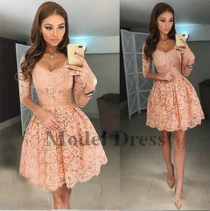 2018 Lace Short Prom Kleider mit halben Ärmeln V-Ausschnitt A Line Elegant Homecoming Kleider für Graduation Gala Dress Nach Maß Neu