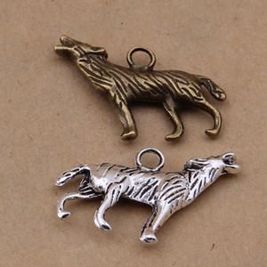 El colgante de los encantos del lobo 200Pcs / lot, colgante del encanto del coyote, plata antigua de bronce antiguo, encanto echado a un lado envío libre