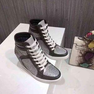 G 2018 Otoño Popular Señoras Moda Aumento interno Botas casuales Temperamento de alto grado Mujeres estallar Zapatos Adorno de bolas