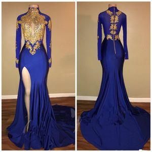2019 Robes de soirée sirène bleu royal à manches longues avec appliques en dentelle dorées Sexy fendue haute Black Girls Prom Vintage robes BA7711