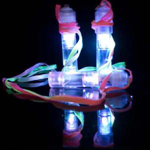 Nouveauté éclairage coloré Luminous LED Clignotant Whistle Enfants Enfants Jouets Festival et Fête Brushing fabricant