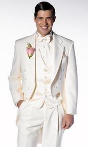 De haute qualité Ivoire Tailcoat Groom Smokings Gmenmen Notch Revers Meilleur Homme Blazer Mens Costumes De Mariage (Veste + Pantalon + Gilet + Cravate) H: 719