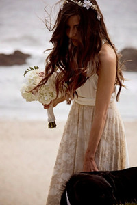 New Designer Beack Boho Wedding Dresses Lace Dexy Deep V Neck Backless Bohemian Bridal Gowns Cheap