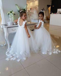 2019 New White Ball Gown Flower Girls veste il vestito del bambino di Natale Abbigliamento firmato per bambini Shopping online