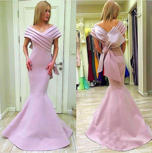 Mnm Couture Pink Stain Big Bow Mermaid Prom Vestidos formales 2018 Off Shoulder Plus Size Vestido largo de noche árabe Dubai Dress