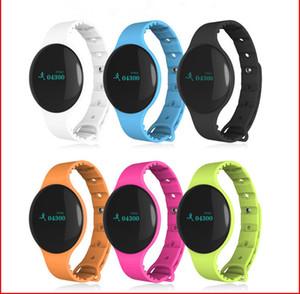 H8 Smart Watche Rastreador de actividades al aire libre Pulsera inteligente Rastreador de ejercicios Pasómetro Mensajes Recordatorio de llamadas Monitor de sueño Muñequera Bluetooth A