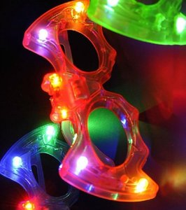 50 pezzi Nuovo creativo bat plastica flash occhiali giocattoli per bambini LED luce occhiali piccoli giocattoli