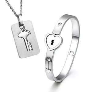 Fashion Couples Jewelry 2pcs New Stainless Steel Silver Love Heart Lock Bangle Bracelet Matching Key Tag Pendant Necklace Couple Set